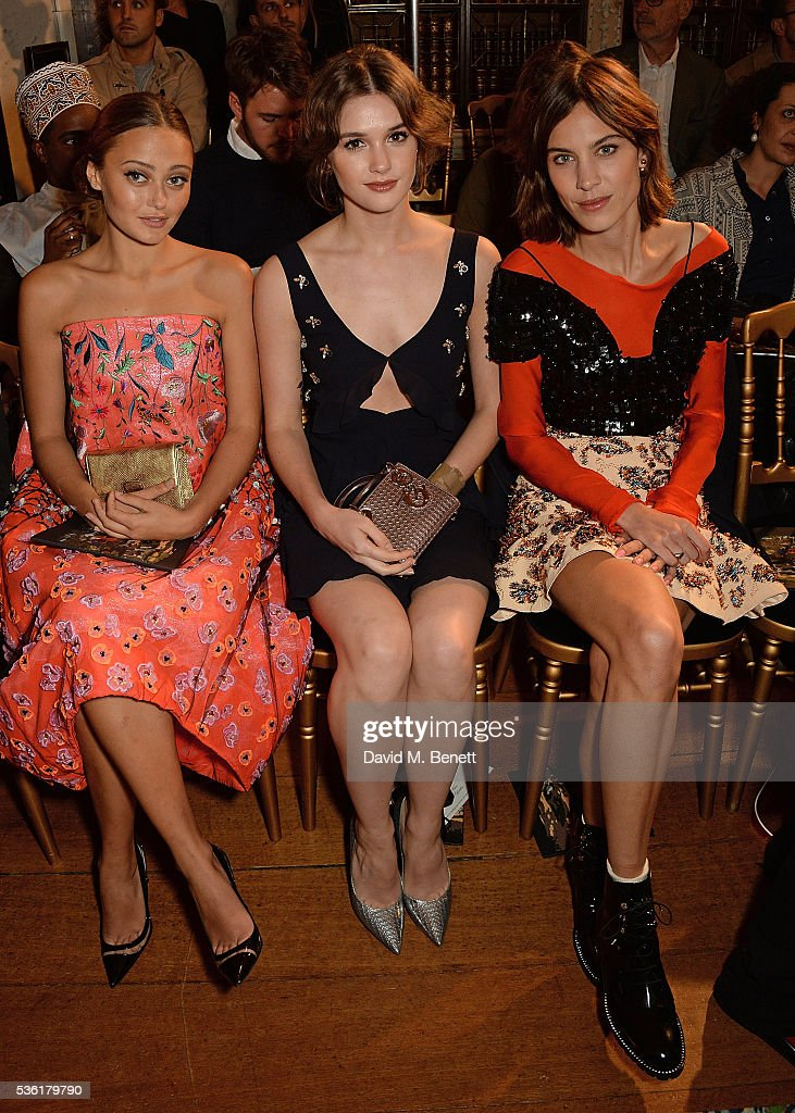<a gi-track='captionPersonalityLinkClicked' href=/galleries/search?phrase=Ella+Purnell&family=editorial&specificpeople=7226740 ng-click='$event.stopPropagation()'>Ella Purnell</a>, <a gi-track='captionPersonalityLinkClicked' href=/galleries/search?phrase=Sai+Bennett&family=editorial&specificpeople=8676491 ng-click='$event.stopPropagation()'>Sai Bennett</a> and <a gi-track='captionPersonalityLinkClicked' href=/galleries/search?phrase=Alexa+Chung&family=editorial&specificpeople=3141821 ng-click='$event.stopPropagation()'>Alexa Chung</a> attend as Christian Dior showcases its spring summer 2017 cruise collection at Blenheim Palace on May 31, 2016 in Woodstock, England.