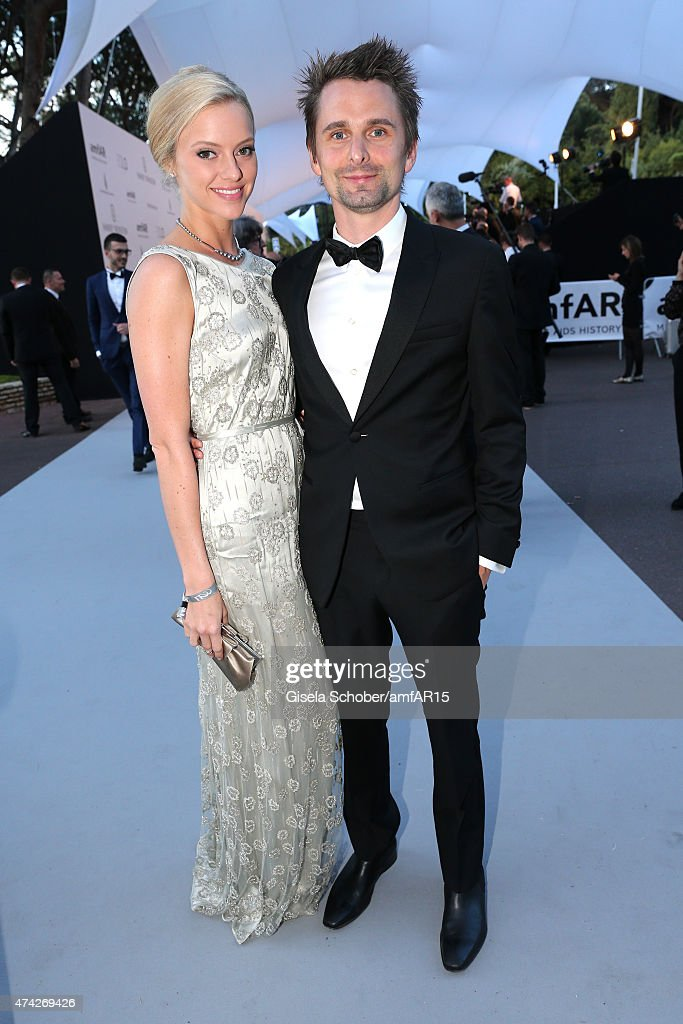 <a gi-track='captionPersonalityLinkClicked' href=/galleries/search?phrase=Elle+Evans&family=editorial&specificpeople=10058727 ng-click='$event.stopPropagation()'>Elle Evans</a> and Matt Bellamy attend amfAR's 22nd Cinema Against AIDS Gala, Presented By Bold Films And Harry Winston at Hotel du Cap-Eden-Roc on May 21, 2015 in Cap d'Antibes, France.