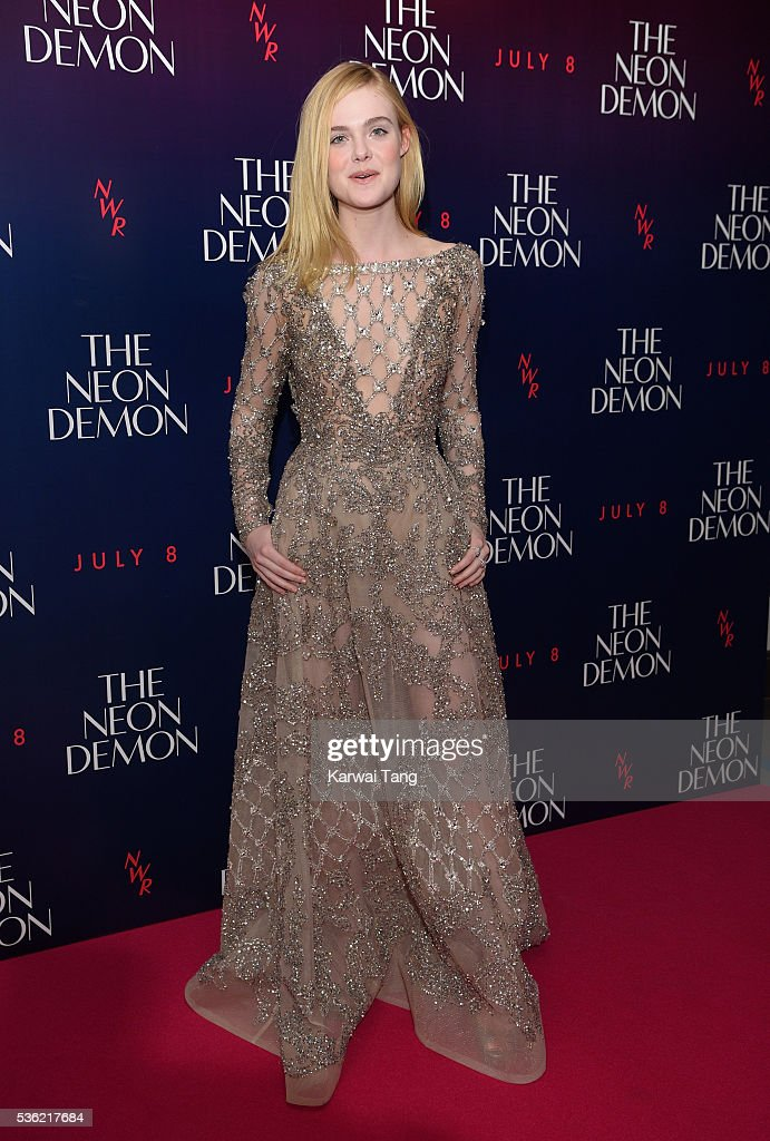 <a gi-track='captionPersonalityLinkClicked' href=/galleries/search?phrase=Elle+Fanning&family=editorial&specificpeople=2189940 ng-click='$event.stopPropagation()'>Elle Fanning</a> arrives for the UK Premiere of The Neon Demon at the Picturehouse Central on May 31, 2016 in London, United Kingdom.