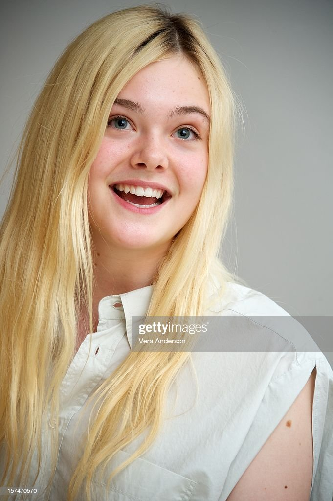 <a gi-track='captionPersonalityLinkClicked' href=/galleries/search?phrase=Elle+Fanning&family=editorial&specificpeople=2189940 ng-click='$event.stopPropagation()'>Elle Fanning</a> at the 'Ginger & Rosa' Press Conference at the Four Seasons Hotel on November 30, 2012 in Beverly Hills, California.