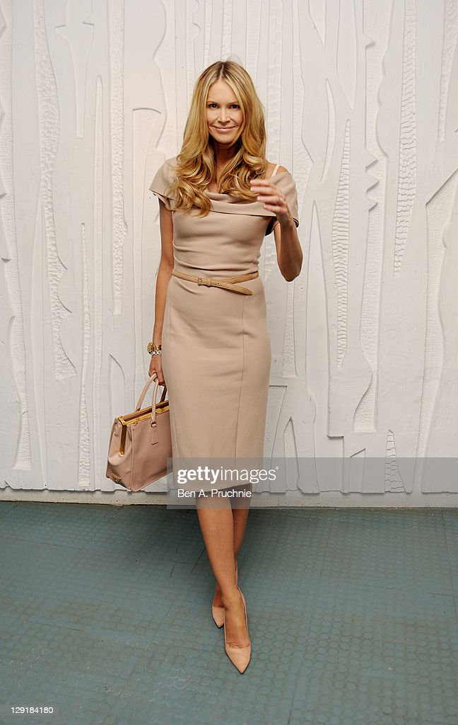 Elle Macpherson arrives at the Calvin Klein Collection Dinner to Celebrate the new home of London's Design Museum at The Design Museum on October 13, 2011 in London, England.