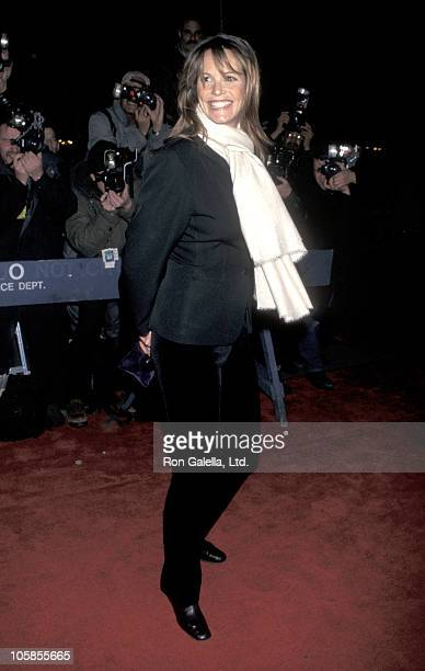 Elle Macpherson during 'The Man In The Iron Mask' New York Premiere at Ziegfeld Theater in New York City New York United States