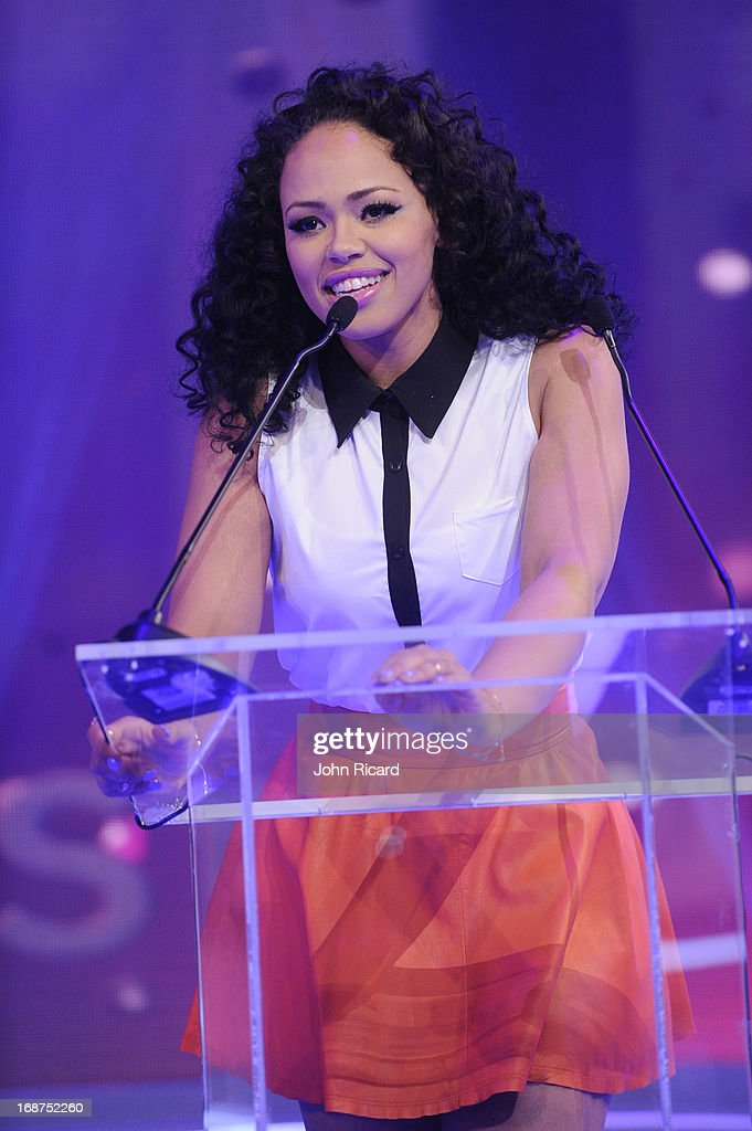 <a gi-track='captionPersonalityLinkClicked' href=/galleries/search?phrase=Elle+Varner&family=editorial&specificpeople=5926946 ng-click='$event.stopPropagation()'>Elle Varner</a> Presents 2013 BET Awards Nominations at 106 & Park Studio on May 14, 2013 in New York City.