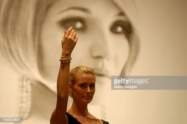 Ellen Barkin's jewelry auction at Christie's in New York NY on October 10 2006 MANDATORY CREDIT Marko Georgiev/WireImagecom