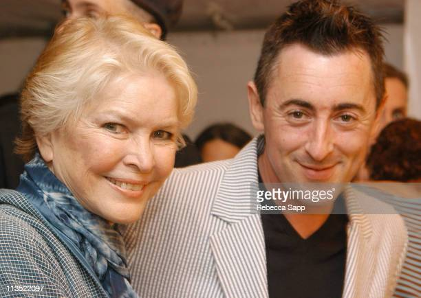 Ellen Burstyn and Alan Cumming during The Creative Coalition Benefit Gala for the First Amendment featuring The Red Hot Chili Peppers sponsored by...