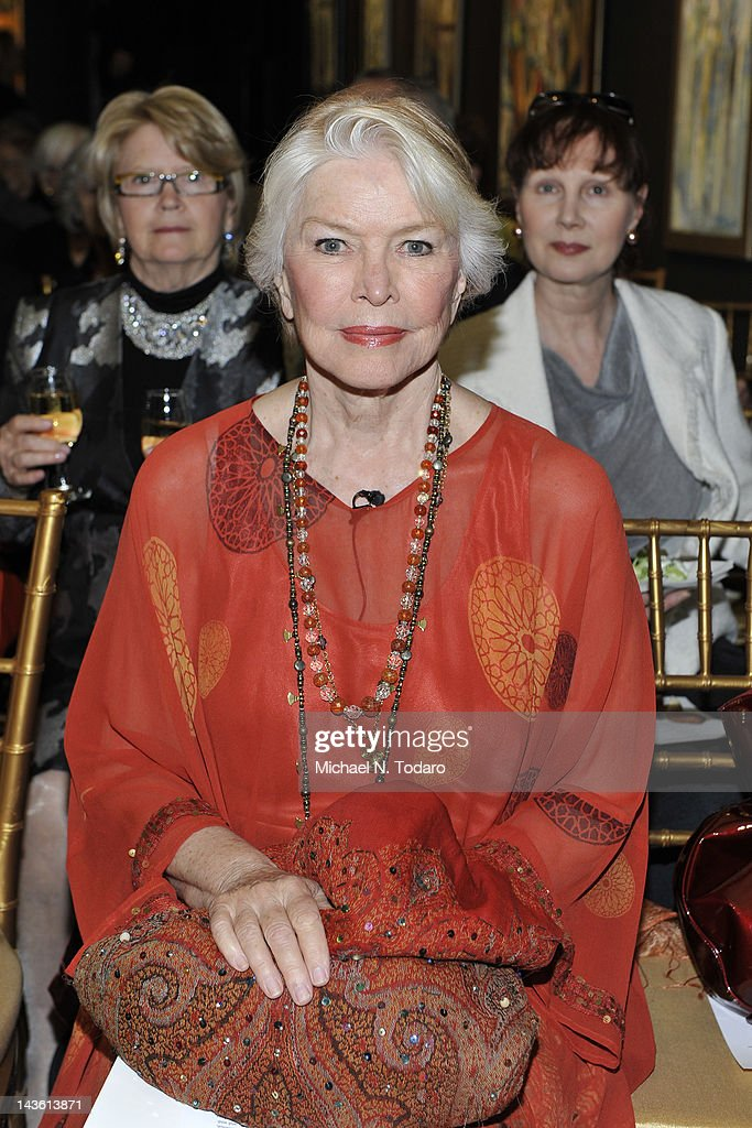 Ellen Burstyn attends the Norman Mailer Center Commendation Awards at The National Arts Club on April 30, 2012 in New York City.
