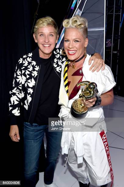 Ellen DeGeneres poses with Pnk winner of the Video Vanguard Award backstage during the 2017 MTV Video Music Awards at The Forum on August 27 2017 in...