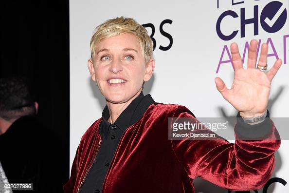 Ellen Degeneres winner of mulitple awards poses in the press room during the People's Choice Awards 2017 at Microsoft Theater on January 18 2017 in...