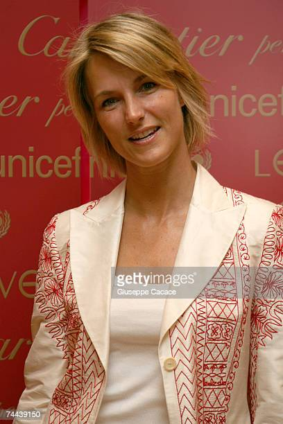 Ellen Hidding arrives at the Cartier 'Love Day' charity in event in Cartier Boutique on June 8 2007 in Milan Italy