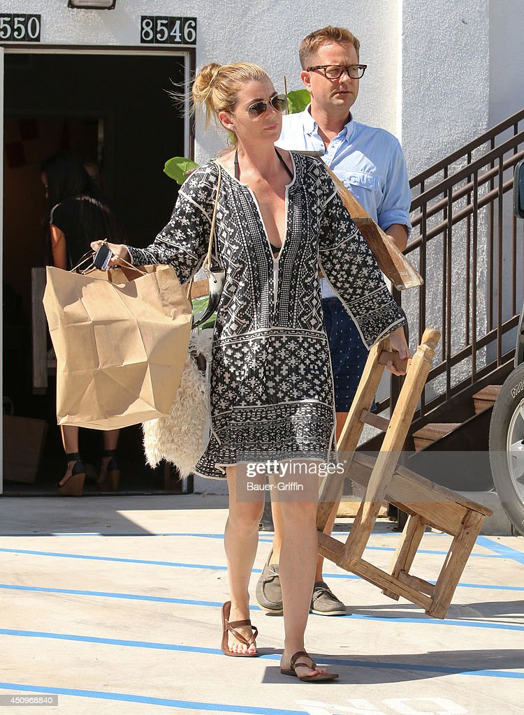 <a gi-track='captionPersonalityLinkClicked' href=/galleries/search?phrase=Ellen+Pompeo&family=editorial&specificpeople=240269 ng-click='$event.stopPropagation()'>Ellen Pompeo</a> is seen on June 20, 2014 in Los Angeles, California.