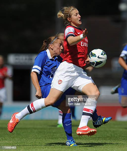 Ellen White of Arsenal Ladies FC and Vicky Jones of Everton Ladies FC in action during the FA WSL match between Arsenal Ladies FC and Everton Ladies...