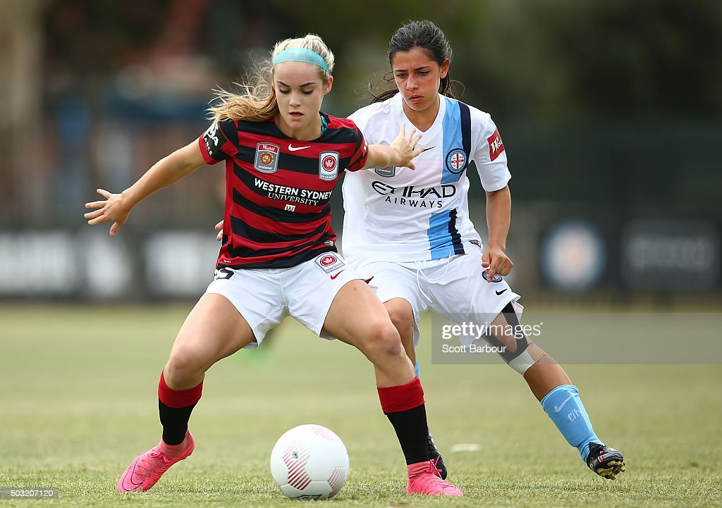 Ellie Carpenter of the Wanderers and Alexandra Chidiac of City FC compete for the ball during the round 12 WLeague match between Melbourne City FC...