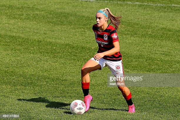 Ellie Carpenter of the Wanderers controls the ball during the round two WLeague match between Western Sydney and Brisbane Roar at Marconi Stadium on...
