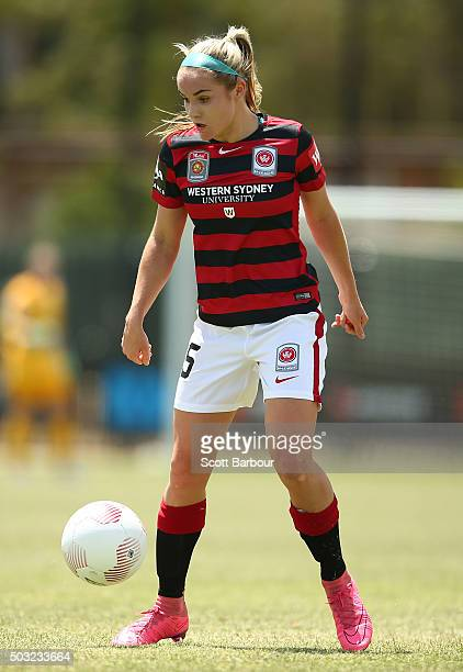 Ellie Carpenter of the Wanderers controls the ball during the round 12 WLeague match between Melbourne City FC and the Western Sydney Wanderers at...