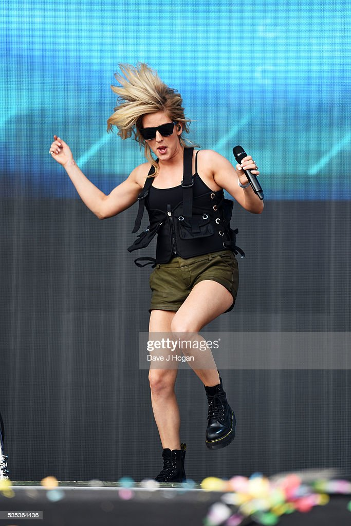 Ellie Goulding performs during day 2 of BBC Radio 1's Big Weekend at Powderham Castle on May 29, 2016 in Exeter, England.
