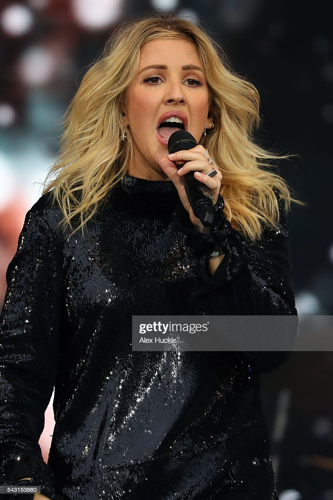 <a gi-track='captionPersonalityLinkClicked' href=/galleries/search?phrase=Ellie+Goulding&family=editorial&specificpeople=6389309 ng-click='$event.stopPropagation()'>Ellie Goulding</a> performs on The Pyramid Stage at the Glastonbury Festival at Worthy Farm, Pilton on June 26, 2016 in Glastonbury, England.