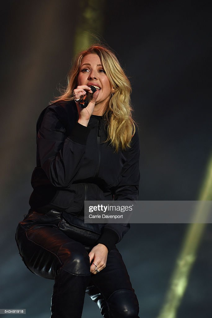 <a gi-track='captionPersonalityLinkClicked' href=/galleries/search?phrase=Ellie+Goulding&family=editorial&specificpeople=6389309 ng-click='$event.stopPropagation()'>Ellie Goulding</a> performs onstage at Belsonic 2016 at Titanic Slipways on June 28, 2016 in Belfast, Northern Ireland.