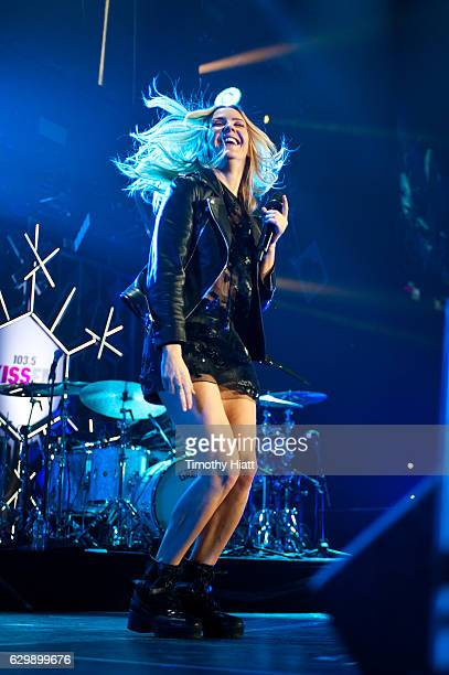 Ellie Goulding performs onstage during 1035 KISS FM's Jingle Ball 2016 at Allstate Arena on December 14 2016 in Chicago Illinois