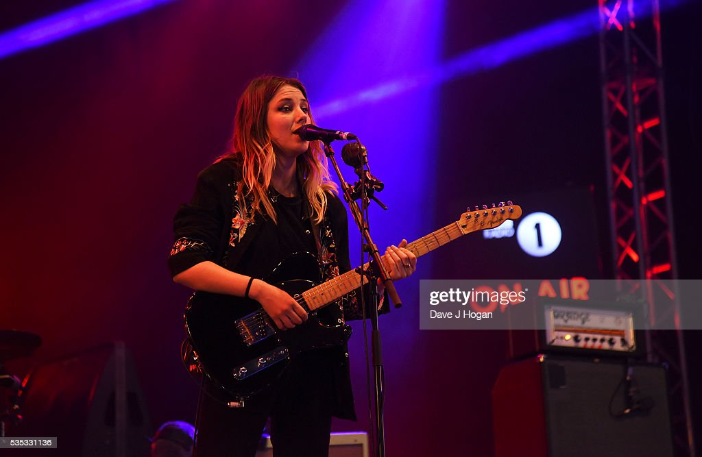 <a gi-track='captionPersonalityLinkClicked' href=/galleries/search?phrase=Ellie+Rowsell&family=editorial&specificpeople=11335087 ng-click='$event.stopPropagation()'>Ellie Rowsell</a> of Wolf Alice performs during day 2 of BBC Radio 1's Big Weekend at Powderham Castle on May 29, 2016 in Exeter, England.