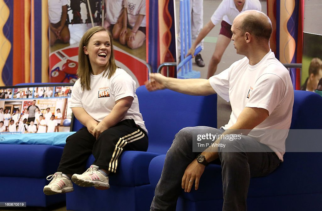Ellie Simmonds and <a gi-track='captionPersonalityLinkClicked' href=/galleries/search?phrase=Matt+Dawson+-+Rugby+Union+Player&family=editorial&specificpeople=204143 ng-click='$event.stopPropagation()'>Matt Dawson</a> visiting Vaughan Primary School in Harrow as part of Sainsbury's Active Kids 2013 scheme, an initiative set up by the supermarket to encourage school children to live a healthier and more active lifestyle on February 7, 2013 in London, United Kingdom.