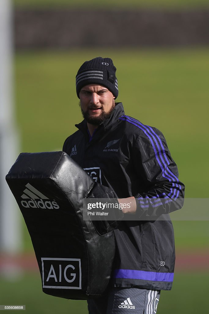 Elliot Dixon of the All Blacks during a New Zealand All Blacks training session at Trusts Stadium on May 31, 2016 in Auckland, New Zealand.