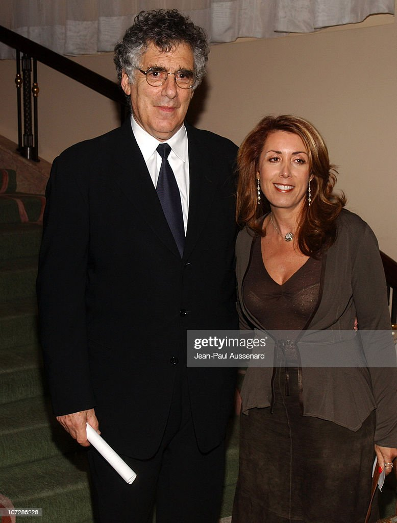 <a gi-track='captionPersonalityLinkClicked' href=/galleries/search?phrase=Elliott+Gould&family=editorial&specificpeople=213079 ng-click='$event.stopPropagation()'>Elliott Gould</a> and guest during The Museum of Television and Radio Honors CBS News's Dan Rather and 'Friends' Producing Team - Inside at Beverly Hills Hotel in Beverly Hills, California, United States.