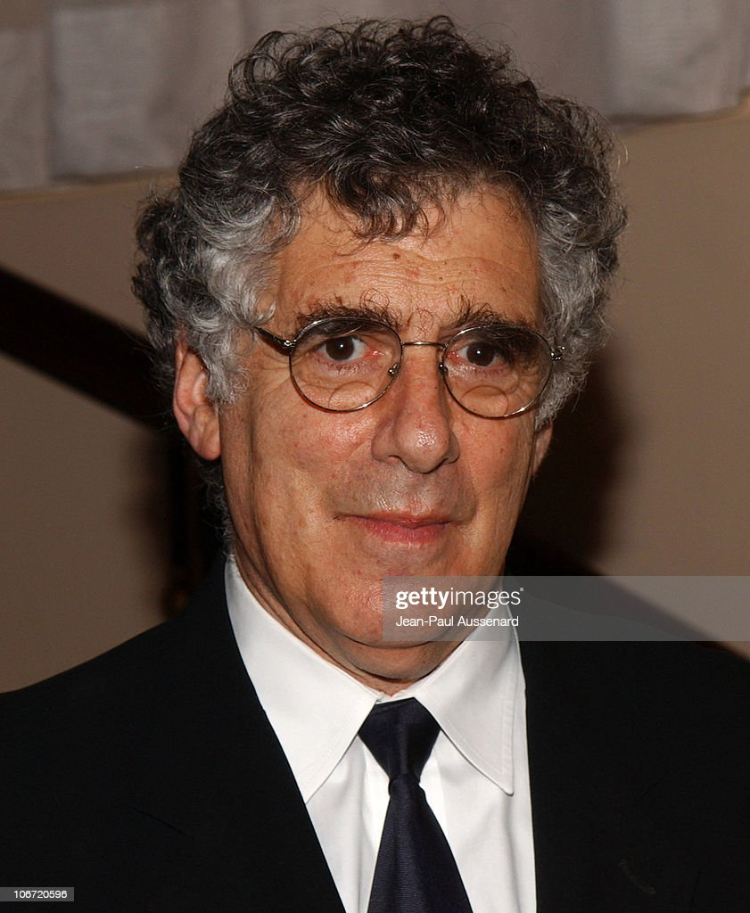 <a gi-track='captionPersonalityLinkClicked' href=/galleries/search?phrase=Elliott+Gould&family=editorial&specificpeople=213079 ng-click='$event.stopPropagation()'>Elliott Gould</a> during The Museum of Television and Radio Honors CBS News's Dan Rather and 'Friends' Producing Team - Inside at Beverly Hills Hotel in Beverly Hills, California, United States.