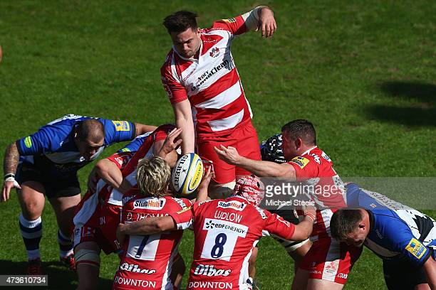 Elliott Stooke of Gloucester feeds the ball from a lineout during the Aviva Premiership match between Bath Rugby and Gloucester Rugby at the...