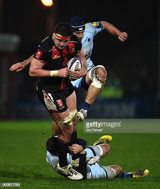 Elliott Stooke of Gloucester runs at the Worcester defence during the European Rugby Challenge Cup match between Worcester Warriors and Gloucester...