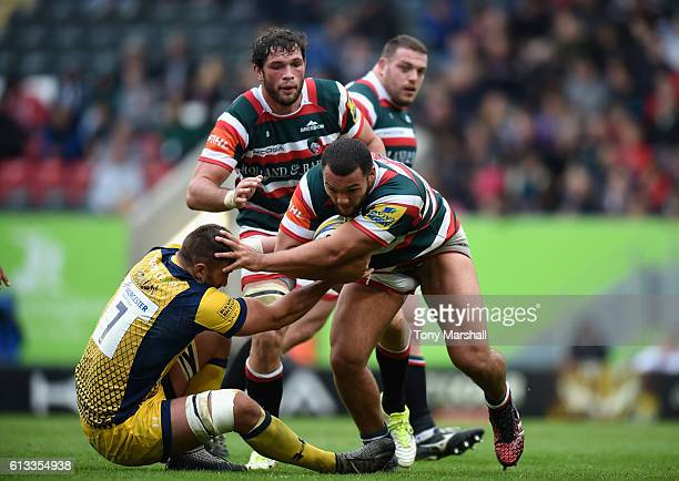 Ellis Genge of Leicester Tigers is tackled by Carl Kirwan of Worcester Warriors during the Aviva Premiership match between Leicester Tigers and...
