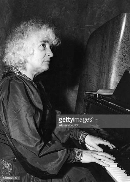Elly Ney *27091882Musikerin Pianistin D 1952