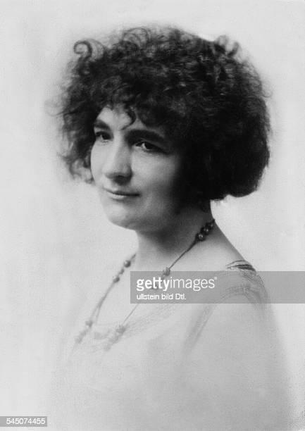 Elly Ney *27091882Musikerin Pianistin DPorträt 1927