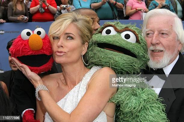 Elmo Eileen Davidson Oscar the Grouch and Caroll Spinney