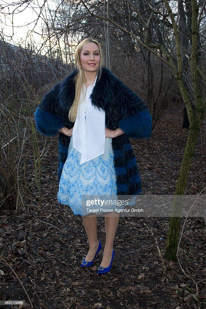 Elna-Margret zu Bentheim und Steinfurt arrives to the Irene Luft show during Mercedes-Benz Fashion Week Autumn/Winter 2014/15 at Brandenburg Gate on January 17, 2014 in Berlin, Germany.