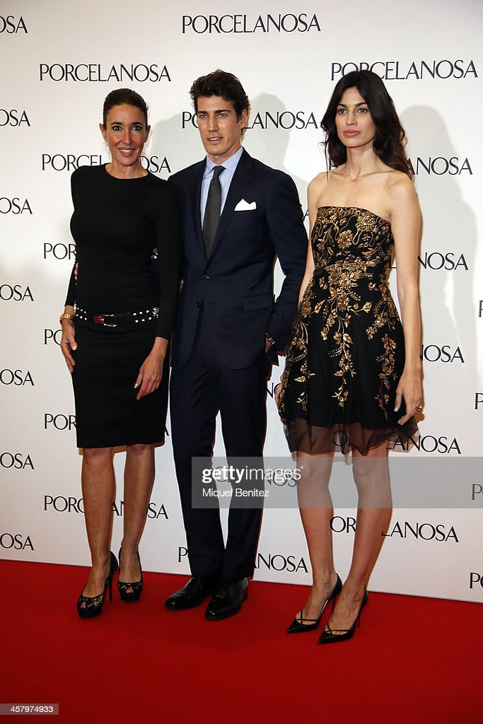 L-R) Elsa Anka, Oriol Cacho and Davinia Pelegri attend the Re Opening of a Porcelanosa store on December 19, 2013 in L'Hospitalet, Barcelona, Spain.