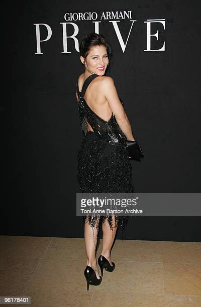 Elsa Pataky attends the Giorgio Armani Prive HauteCouture show as part of the Paris Fashion Week Spring/Summer 2010 at Palais de Chaillot on January...
