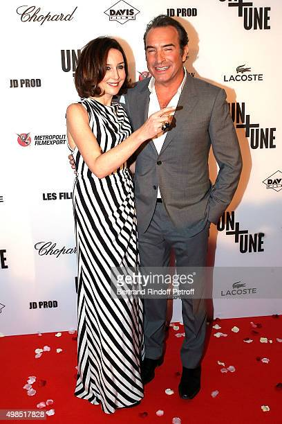 Elsa Zylbertstein and Jean Dujardin attend The 'Un Une' Paris Premiere At Cinema UGC Normandie at Cinema UGC Normandie on November 23 2015 in Paris...