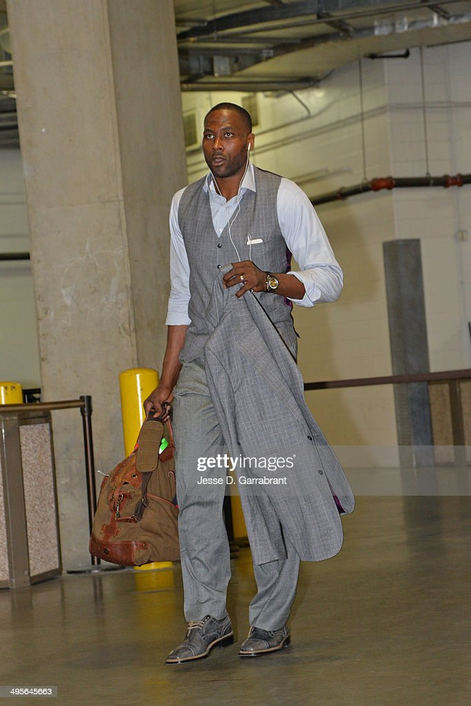 Elton Brand #42 of the Atlanta Hawks arrives at the arena before Game Seven of the Eastern Conference Quarterfinals against the Indiana Pacers during the 2014 NBA Playoffs on May 3, 2014 at Bankers Life Fieldhouse in Indianapolis, Indiana.
