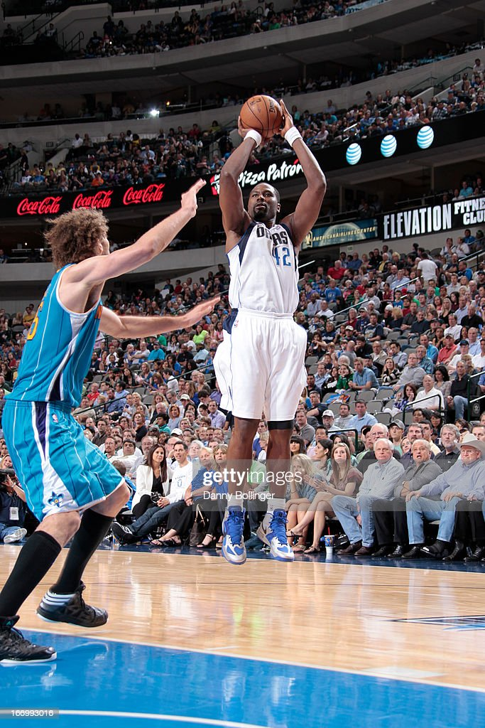 Elton Brand #42 of the Dallas Mavericks shoots the ball against the New Orleans Hornets on April 17, 2013 at the American Airlines Center in Dallas, Texas.