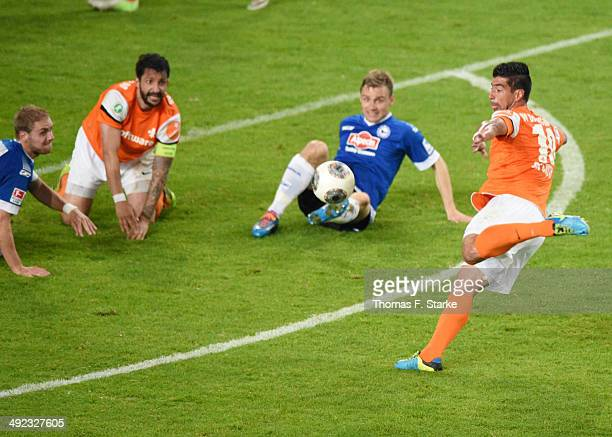 Elton da Costa of Darmstadt scores the final goal during the Second Bundesliga Playoff Second Leg match between Arminia Bielefeld and Darmstadt 98 at...