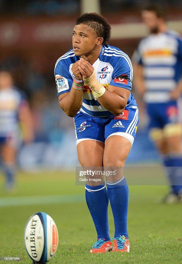 Elton Jantjies of the Stormers lines-up a penalty kick during the Super Rugby match between Vodacom Bulls and DHL Stormers from Loftus Versfeld Stadium on February 22, 2013 in Pretoria, South Africa.