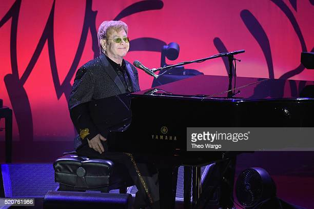 Elton John performs at the Breast Cancer Research Foundation's Hot Pink Party at the Waldorf Astoria Hotel on April 12 2016 in New York City