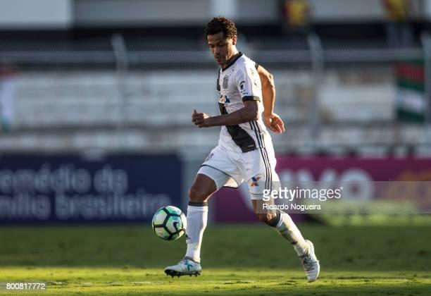 Elton of Ponte Preta kicks the ball during the match between Ponte Preta and Palmeiras as a part of Campeonato Brasileiro 2017 at Moises Lucarelli...
