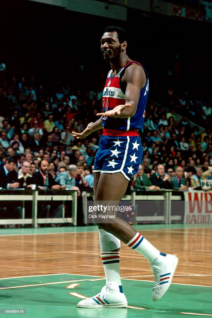 Elvin Hayes of the Washington Bullets looks on against the Boston Celtics during a game played circa 1975 at the Boston Garden in Boston...