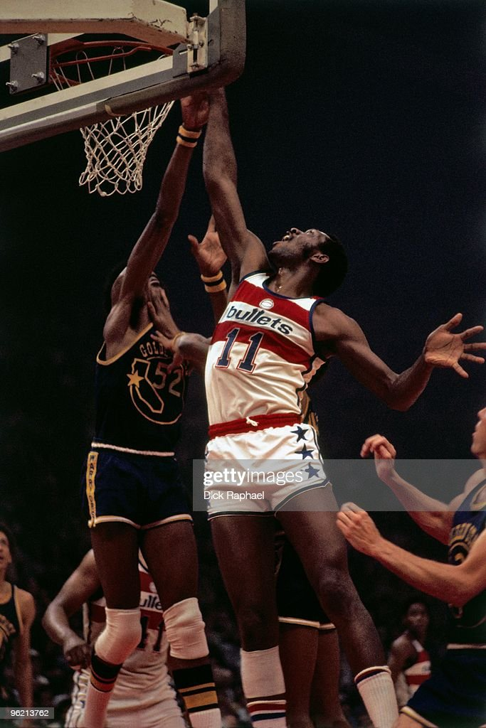 Elvin Hayes of the Washington Bullets shoots against the Golden State Warriors during a game played in 1975 at USAir Arena in Landover Maryland NOTE...