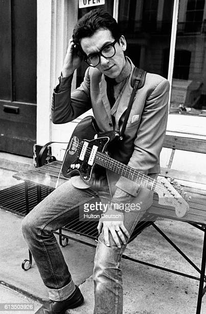 Elvis Costello 1977
