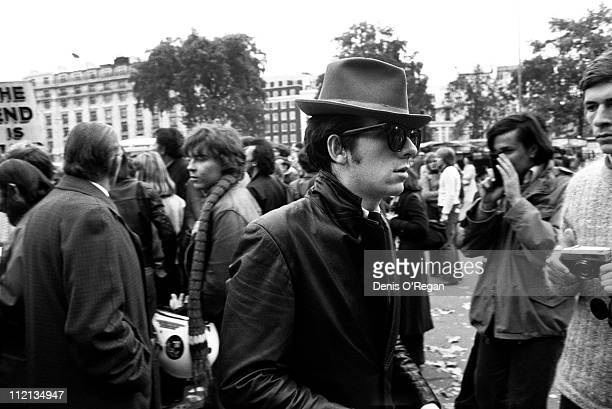 Elvis Costello in London 1977