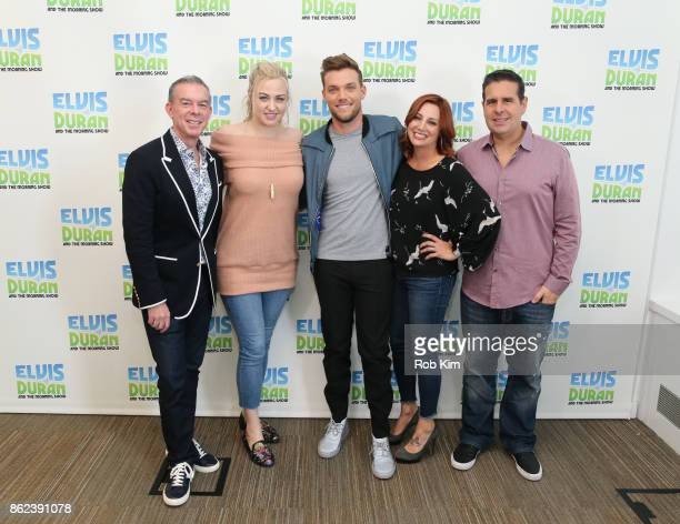 Elvis Duran Bethany Watson JOHNk Danielle Monaro and Skeery Jones pose for a group photo at 'The Elvis Duran Z100 Morning Show' at Z100 Studio on...
