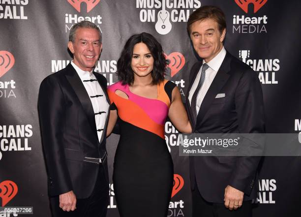 Elvis Duran Demi Lovato and Dr Oz attend A Night To Celebrate Elvis Duran presented by Musicians On Call at The Edison Ballroom on March 21 2017 in...