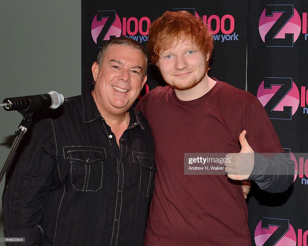 Elvis Duran (L) hosts a Z100 performance by Ed Sheeran at the Z100 Studio on March 28, 2013 in New York City.